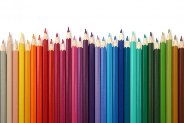 いろんな種類の色鉛筆